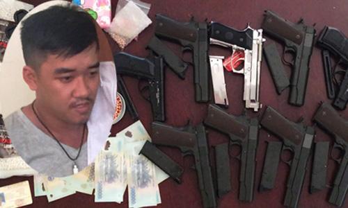 Gã thanh niên bán hàng trăm khẩu súng như… bán rau