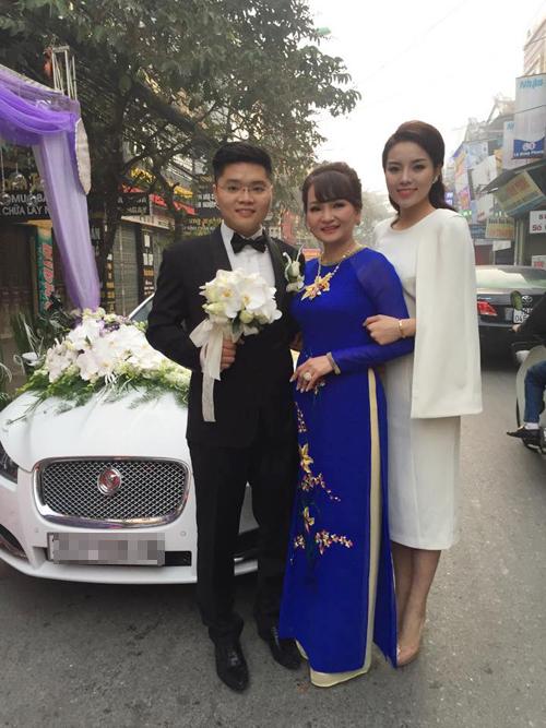 Hoa hau Ky Duyen lien tiep vuong scandal mac xau dien dao-Hinh-4