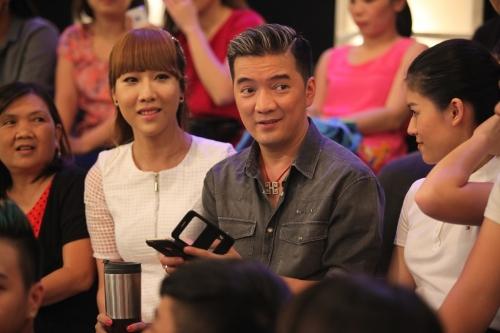 "Dam Vinh Hung va moi ""luong duyen"" cung ""My nhan chuyen gioi"""