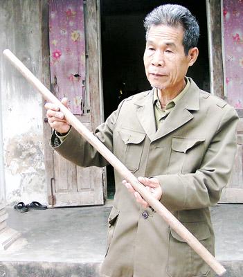 """Gap nguoi linh gia so huu """"chiec gay Truong Son"""" cuoi cung-Hinh-2"""