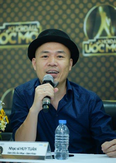 "Nhac si Huy Tuan: ""Nen khai tu nhung chuong trinh song dua vao scandal"""