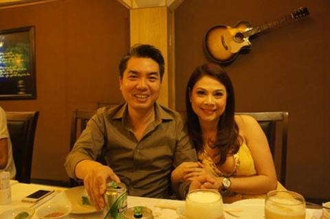"""Lo dien nguoi dan ong """"dac biet"""" trong doi Thanh Thao-Hinh-3"""