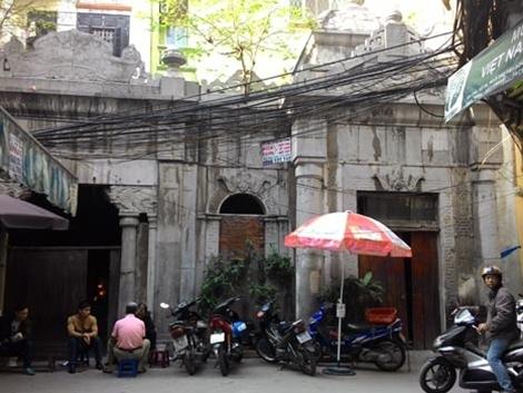 Chuyen ky la ve lang mo co giua long Ha Noi-Hinh-2