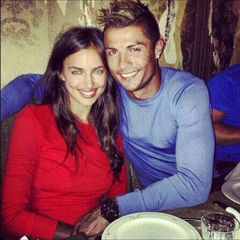 Vu Ronaldo chia tay Irina: Nguoi trong cuoc len tieng