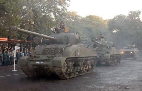 Chuyen that nhu dua: Xe tang M4 Sherman tro lai phuc vu-Hinh-2