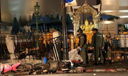 Ke danh bom o Bangkok van lan tron trong thanh pho?