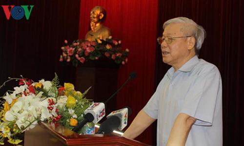 Ban Bi thu thong bao tinh hinh Bien Dong voi can bo cap cao nghi huu-Hinh-3