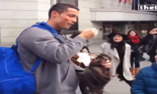 Cristiano Ronaldo da bong xin tien gay bat ngo