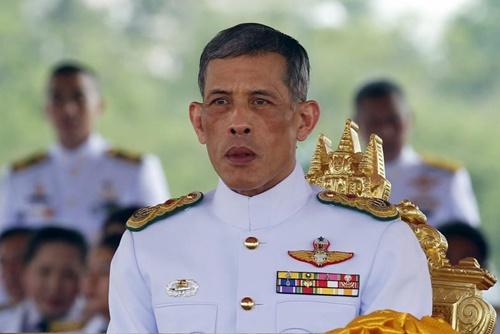 Nha vua bang ha, Thai Lan chuyen giao quyen luc the nao?-Hinh-2