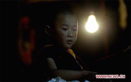 Ky bi nghi thuc Le tan phong Phat song truyen the o Tay Tang-Hinh-2