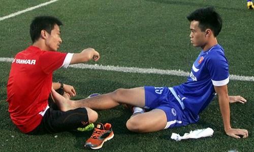 """HLV Miura lai """"phat dien"""" voi chan thuong cua U23 Viet Nam"""