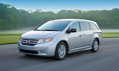 Honda trieu hoi hon 640.000 chiec minivan Odyssey