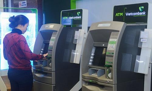 Cách giao dịch an toàn tại máy ATM dịp Tết