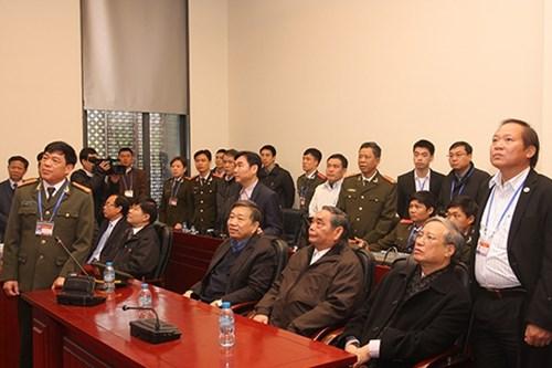 Ben trong Trung tam Chi huy bao ve Dai hoi Dang-Hinh-2