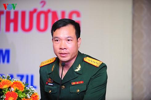 "Hoang Xuan Vinh nhan ""nui tien thuong"" gan 5 ti dong"