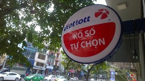 "Chua duoc phat hanh tai Ha Noi, ve so Vietlott ban ""chui"" dat hang-Hinh-5"