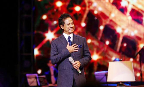 Danh ca Che Linh lan dau to chuc liveshow o TP HCM-Hinh-2