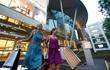 Choáng ngợp phố hàng hiệu ở Singapore khiến chị em phát mê