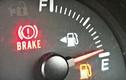 Khi kim xăng chạm vạch đỏ, xe chạy được bao lâu?