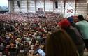 Ảnh: Tổng thống Trump phát biểu trước hàng nghìn người ở Florida