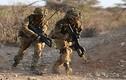 Ảnh: Lính Anh khổ luyện giữa nắng nóng 40 độ ở Kenya