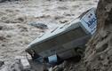 Cảnh tượng lở đất và lũ lụt kinh hoàng ở Peru