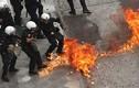 Đụng dộ dữ dội giữa người biểu tình và cảnh sát Hy Lạp