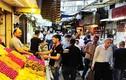 Cảnh mua sắm ở Damascus cho tháng ăn chay Ramadan