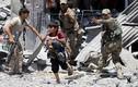 Hình ảnh trẻ em Iraq chạy khỏi Tây Mosul