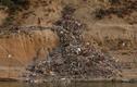 Kinh hãi cuộc sống bên sông Hằng ô nhiễm ở Ấn Độ