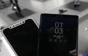 Mô hình iPhone 8 đọ dáng bên Galaxy Note 8