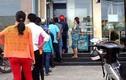 """Có tái diễn tình trạng lương, thưởng """"kẹt"""" trong máy ATM?"""