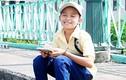 Phi Nhung gánh hàng rong, Hồ Văn Cường bán vé số trong MV
