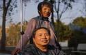 Cụ ông 72 tuổi chuyển giới để thành chị em gái với vợ