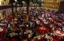 Chú rể cả gan thuê 600 vị khách giả đến lễ cưới