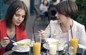Điều tối kỵ trong quy tắc ăn uống lạ lùng trên thế giới