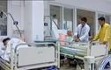 Nắng nóng đỉnh điểm, bệnh nhân tim mạch ồ ạt nhập viện