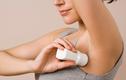 Mẹo sử dụng lăn khử mùi đúng cách tránh rước họa vào thân