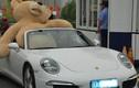 """""""Cưỡi"""" Porsche tiền tỷ đi tỏ tình, thiếu gia bị từ chối phũ"""
