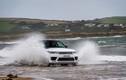 """Xem Range Rover Sport 2018 """"vượt biển"""" cùng VĐV bơi"""
