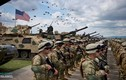 """Video: 17.000 binh sĩ NATO tập trận """"sát nách"""" Nga"""