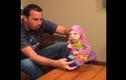 Bức xúc bố chơi trò Ninja với con gái tật nguyền