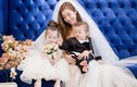 Elly Trần diện váy cưới đón ngày 8/3 bên hai con