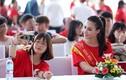 Hình ảnh quá đáng yêu của Hoa hậu biển Thùy Trang