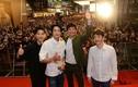 Biển người ở Malaysia xếp hàng đón đoàn xe của Song Joong Ki
