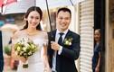 Á hậu Vân Quỳnh rạng rỡ trong đám cưới giữa trời mưa