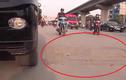 """Cận cảnh """"bẫy ngầm"""" người dân trên đường Nguyễn Trãi"""