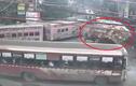 Xe tải tránh lật ngoạn mục như phim hành động
