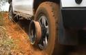 Video: Những cách giải cứu ô tô sa lầy cực kỳ thông minh