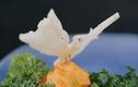 Video: Cắt tỉa con bướm siêu đáng yêu bằng rau củ